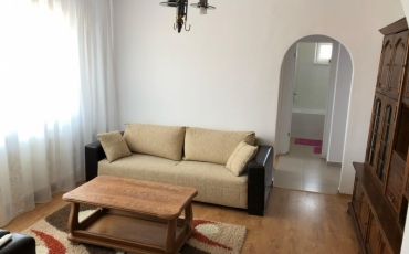 Apartament 3 camere, 65 mp de vanzare CENTRAL